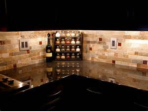 backsplash black